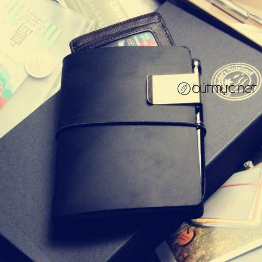 Sổ Lữ hành Midori cỡ hộ chiếu màu đen